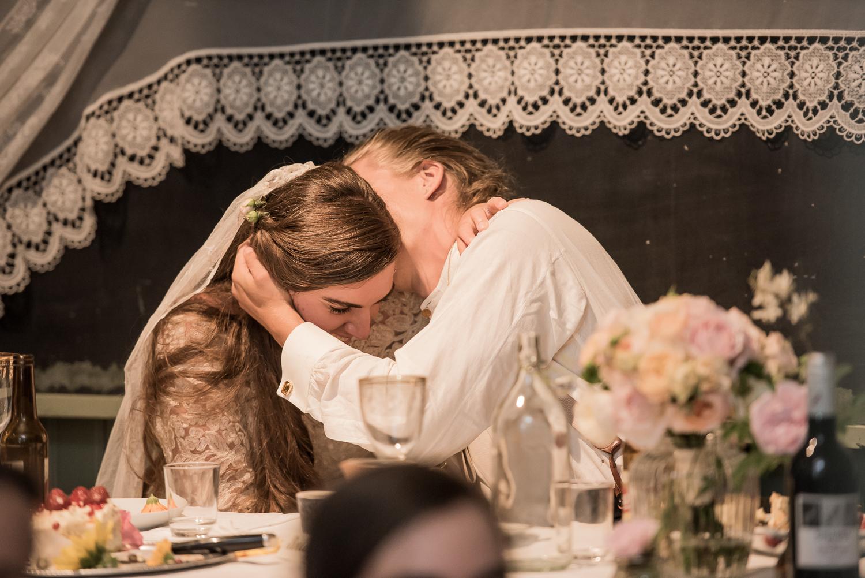 Bohemiskt lantligt bröllop i gammal byskola-191.jpg