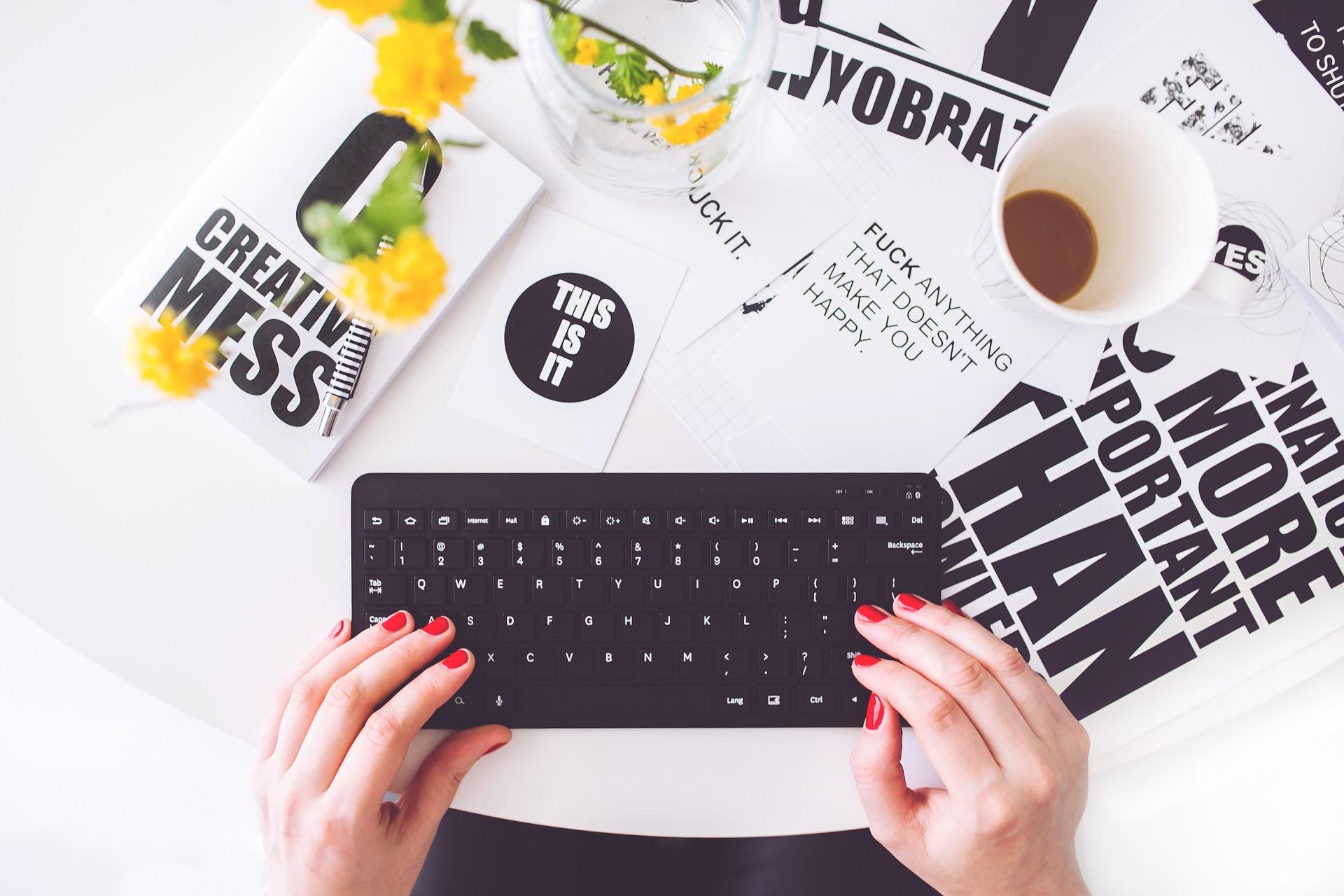 Writer blogger