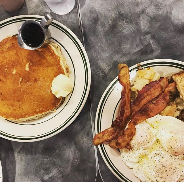 Sunday scaries? Our breakfast cures that too #breakfastcuresall #eat614 📸:@foodietraveler___
