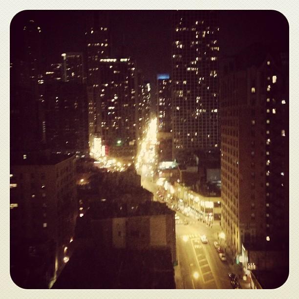 Chi ca go at night!  Rush St.