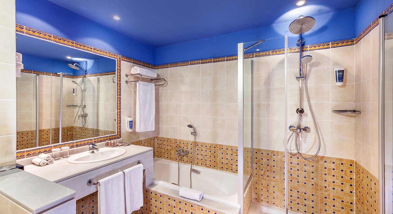 236-room-38-hotel-barcelo-cabo-de-gata_tcm20-8583_w1600_h870_n.jpg