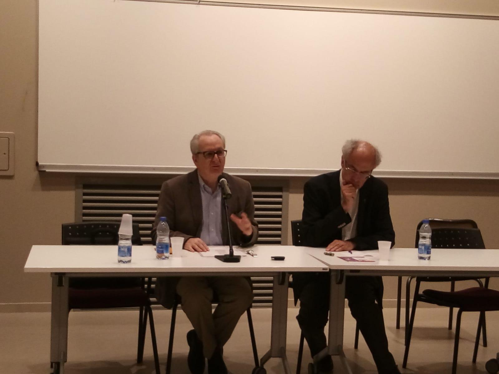 Etienne Fouilloux, professeur émérite d'Histoire contemporaine à l'Université Lyon II et Père Jean François Chiron, professeur de théologie et co-président du groupe des Dombes