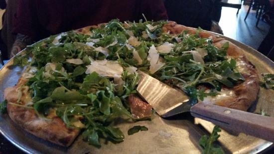 arugula-pizzathe-best.jpg