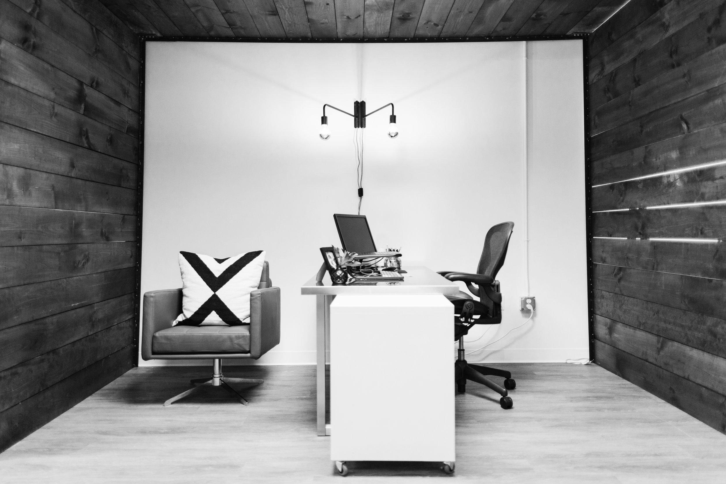 Office_VP Niche.jpg
