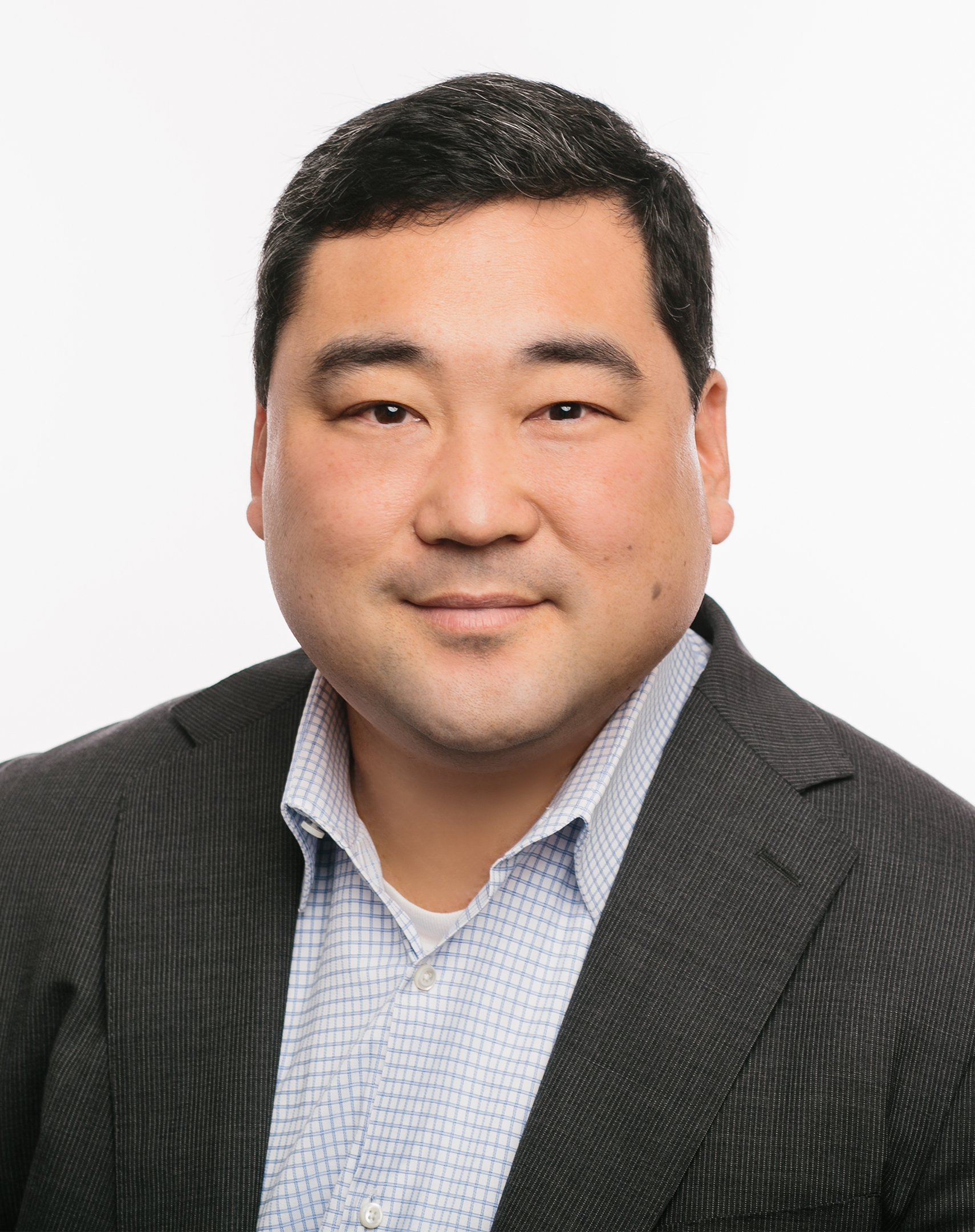 Robert Yi.jpg