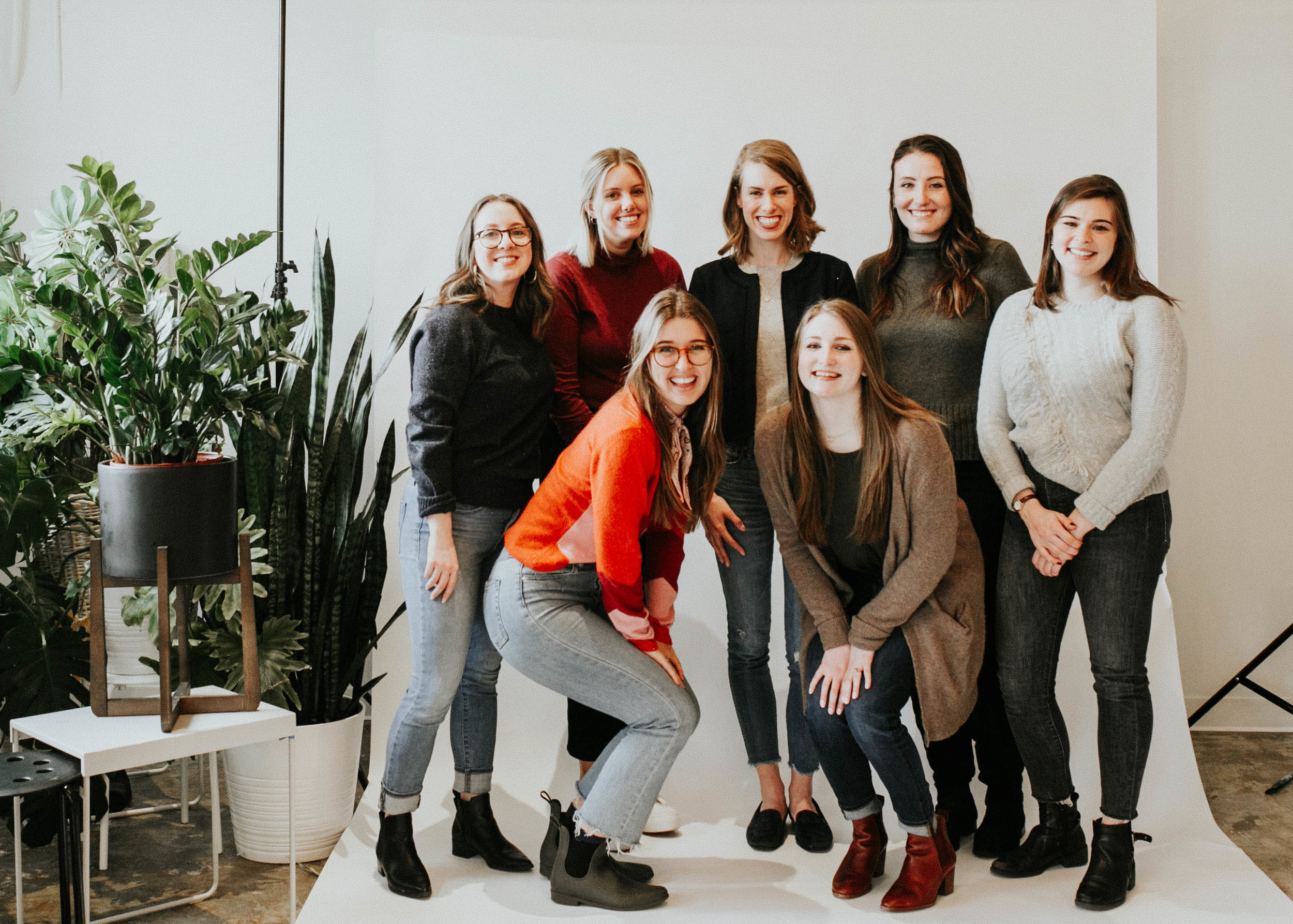 The RINGLET Team - Founded by Elise Crawford Gallagher, the RINGLET team is composed of experts in graphic design, event marketing, brand management, SEO, content creation and so much more.