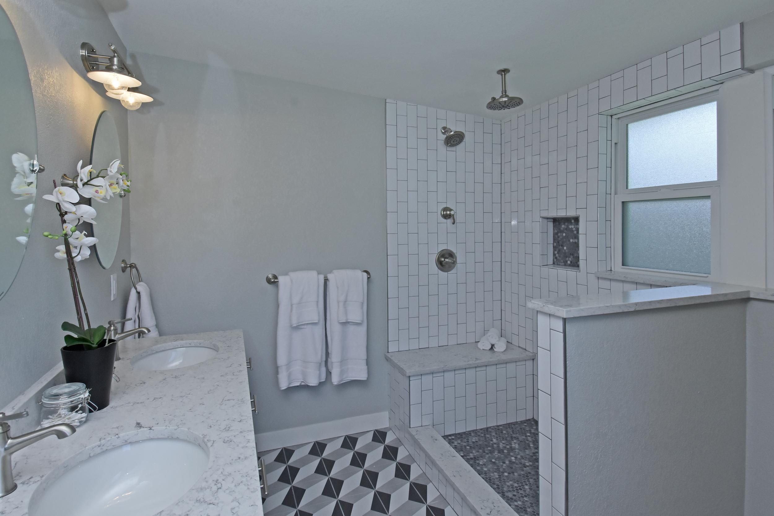 1511 S Corona Street Denver CO-print-018-13-Master Bath-4200x2803-300dpi.jpg