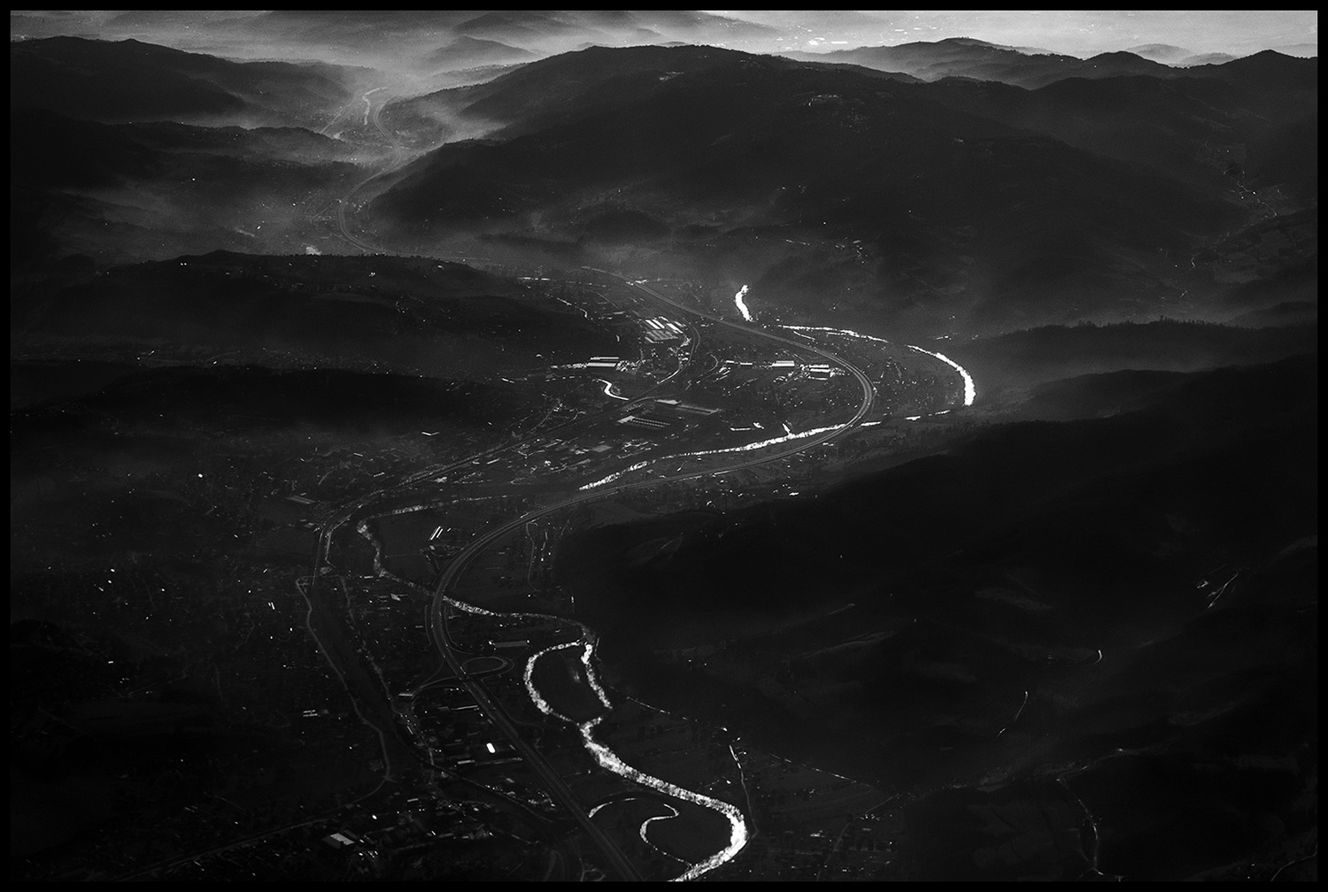View of the valley through which flows the Bosna river which is 273 km long. Bosnia and Herzegovina have 262 smaller or larger rivers. This country is the first in the region, and the seventh in Europe with slightly more than nine thousand cubic meters of drinking water per capita. It is even richer than China, France, Germany and Japan. Although water is one of the most important resources in Bosnia and Herzegovina, last year, the value of imported water was almost three times higher than the value of the exported.