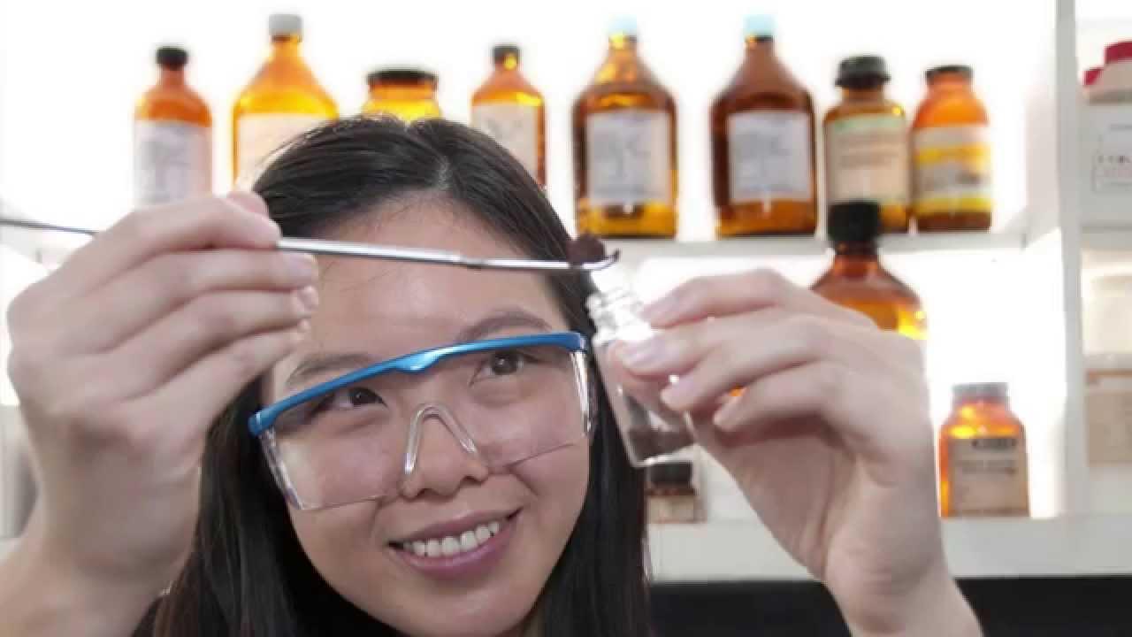biotechnology-student