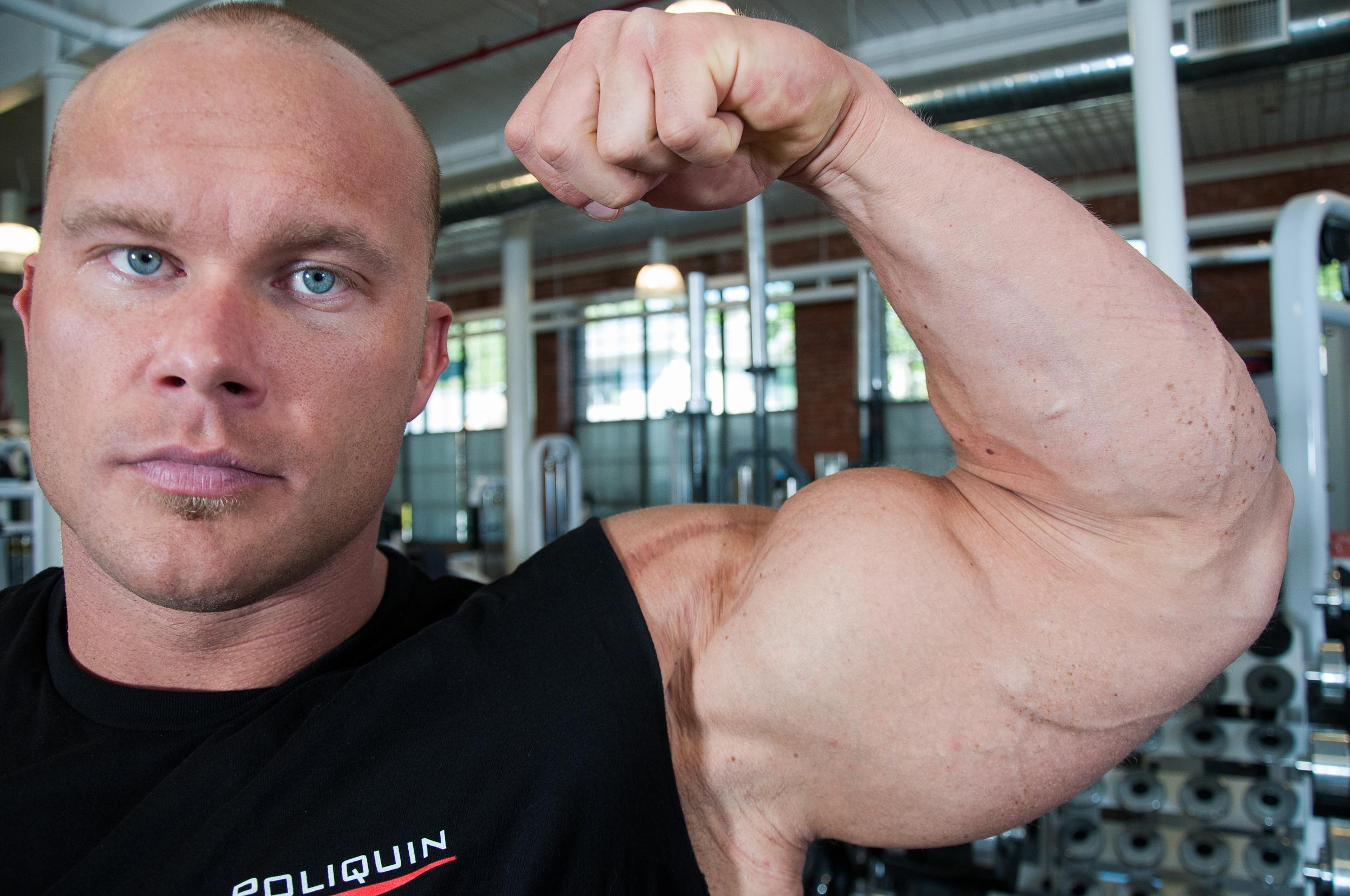 IFBB Bodybuilder Ben Pakulski, 2012