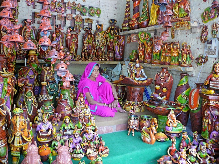 Dilli Haat for Shopping in Delhi