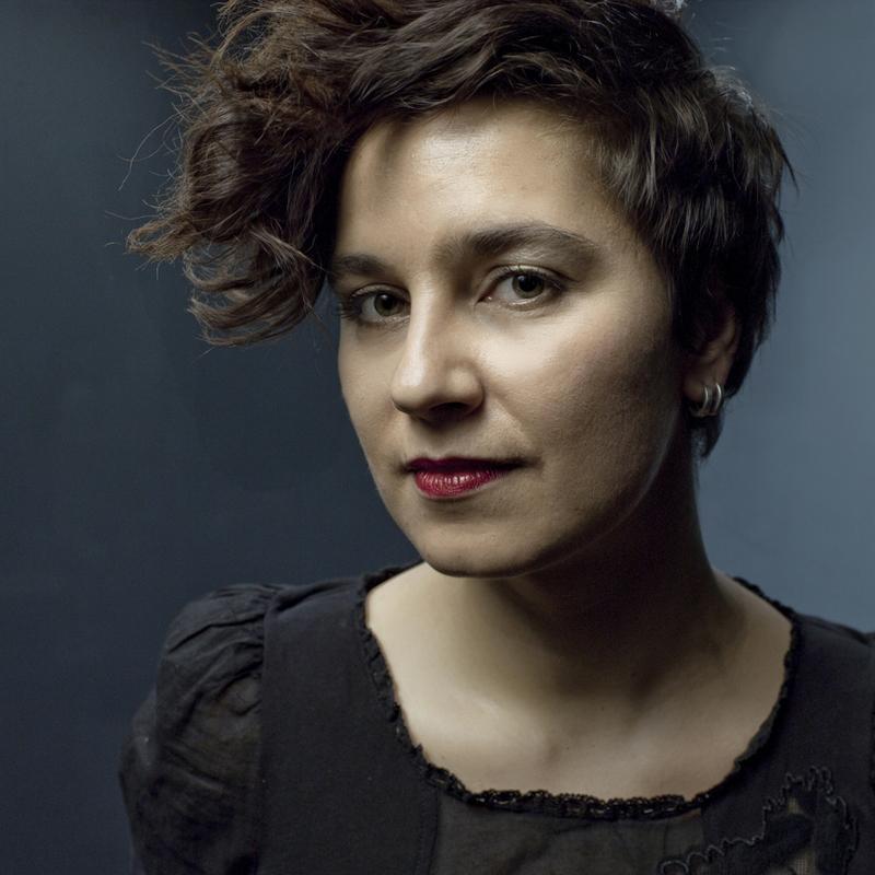 """<a target=""""_blank"""" href=""""http://maja.klingt.org/"""">Maja Osojnik</a> – Sängerin, Komponistin, Instrumentalistin"""