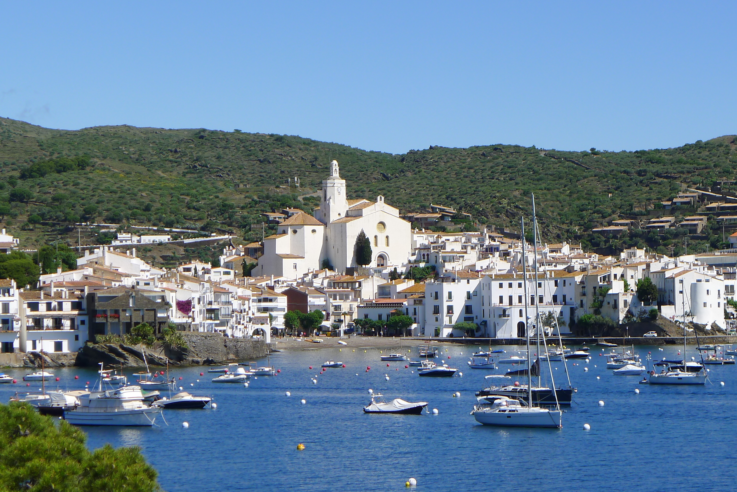 cadaques-view-from-rocks.jpg