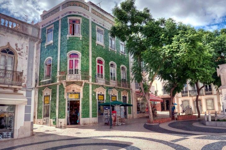 plaza en Palma de Mallorca.jpg