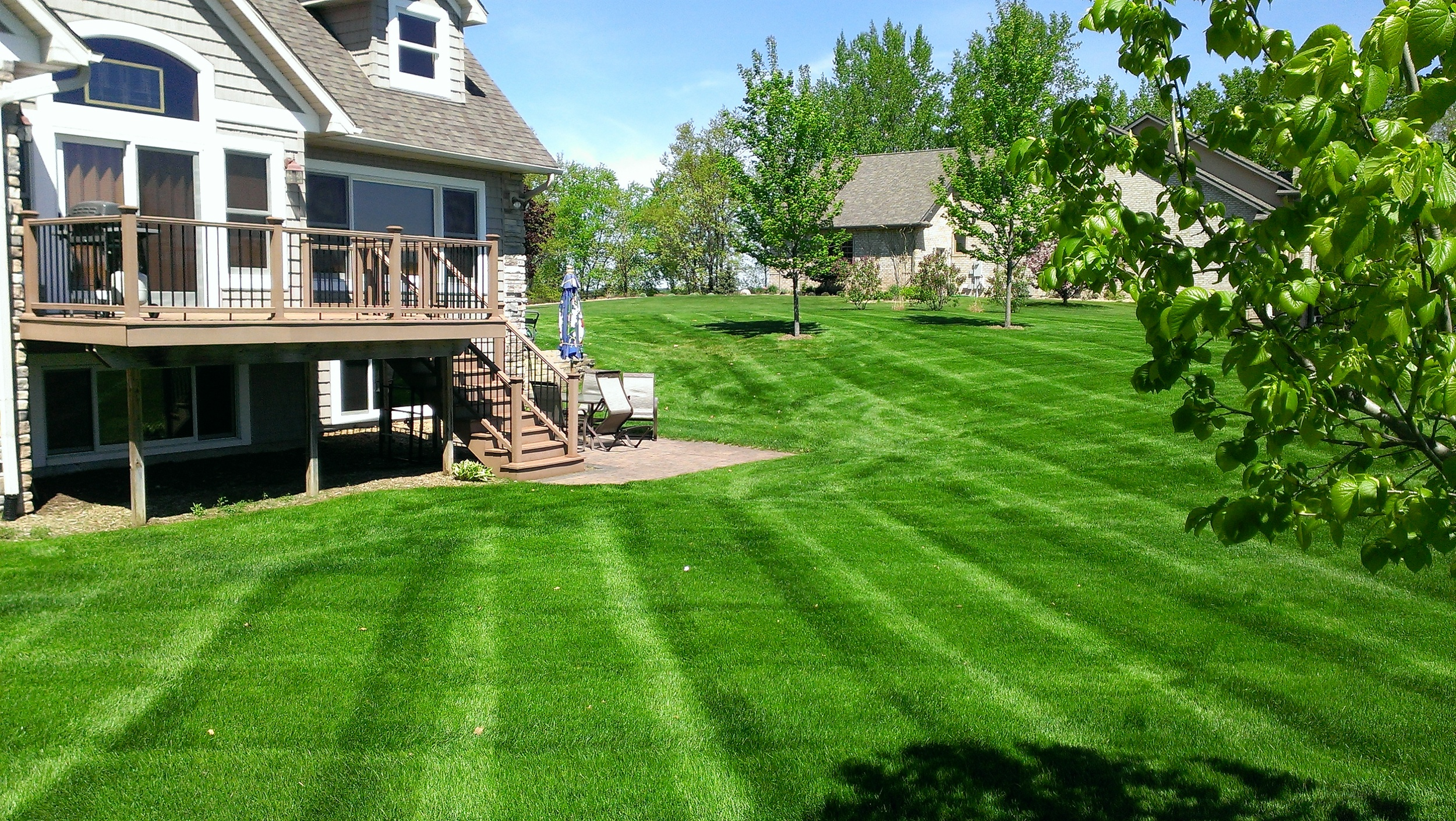 Ultimate Lawns - Mowing - Mclean/Chippew Falls