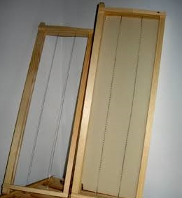 Ideal Frame with wire and foundation