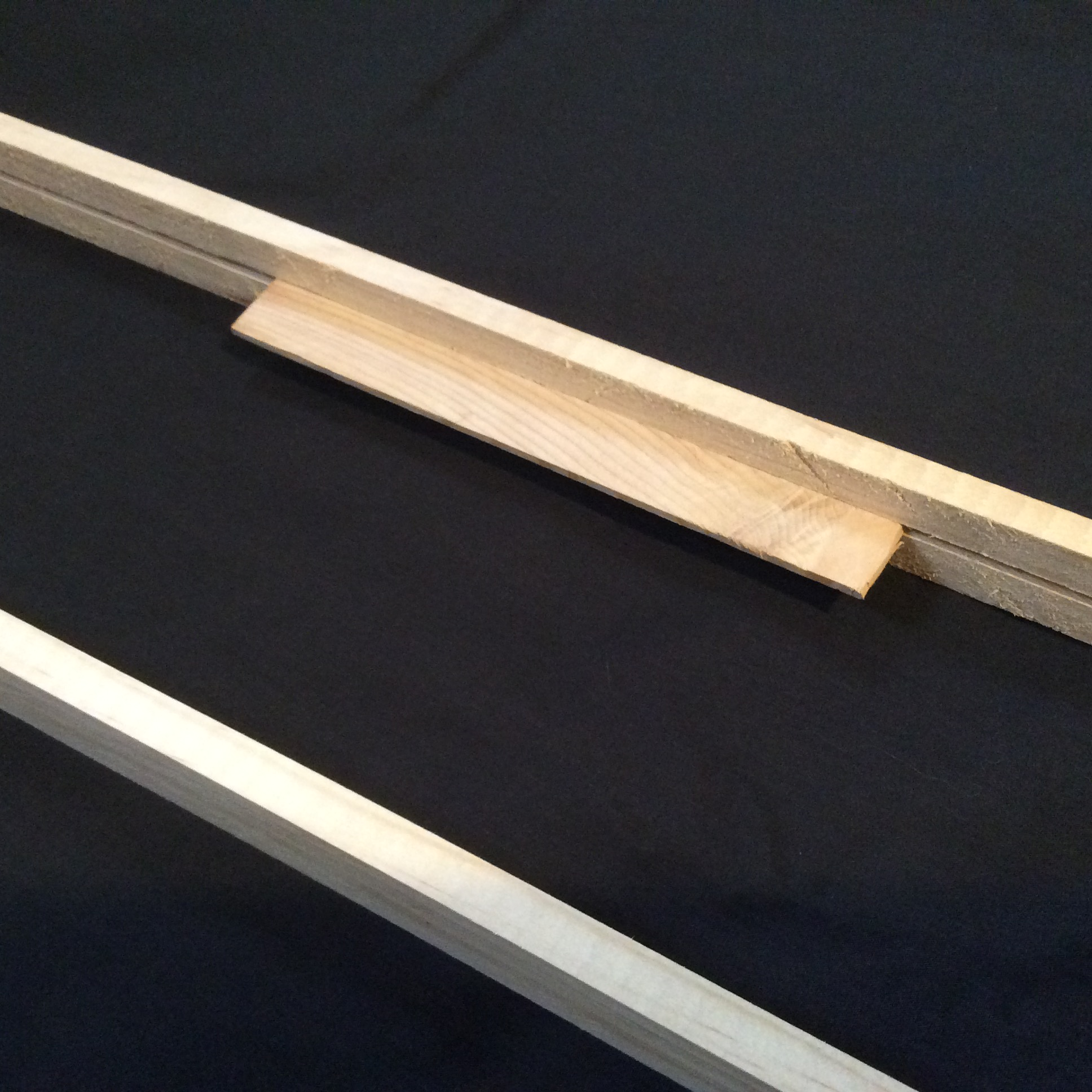 Ideal frame using a starter strip of thin wood
