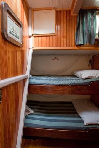 Sloop Cabin