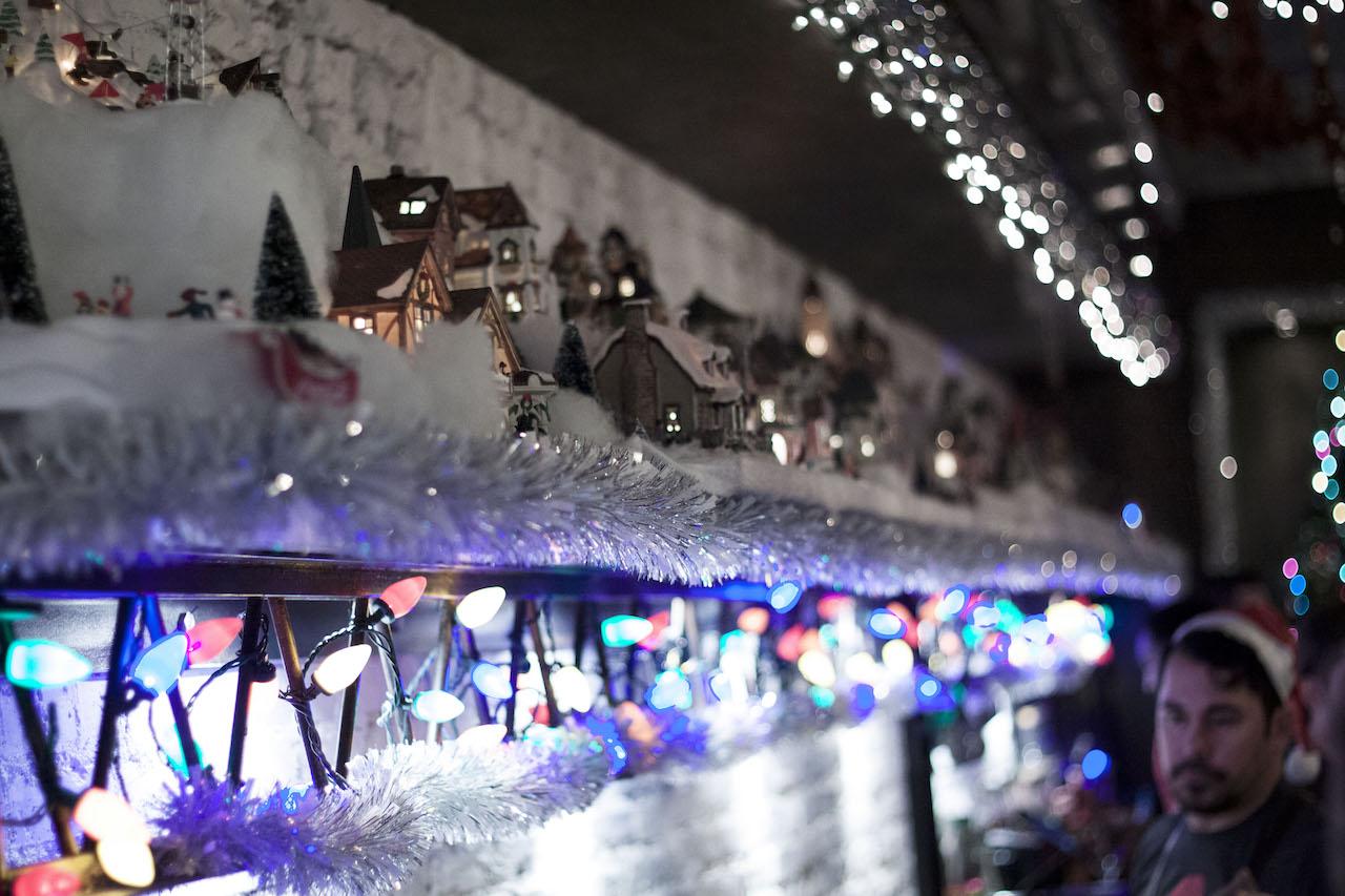 christmas-popup-bar-8.jpg