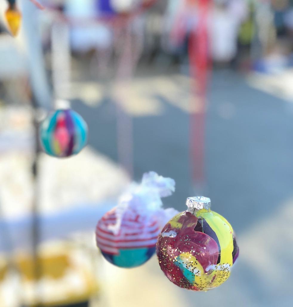 DIY_Holiday_Ornaments_Distill-Creative4.jpeg