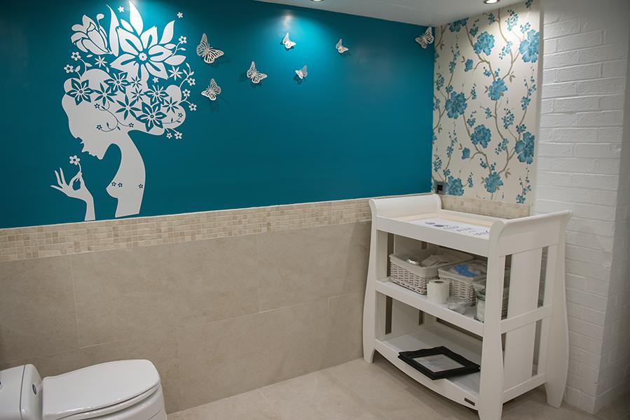 bathroom 010.jpg