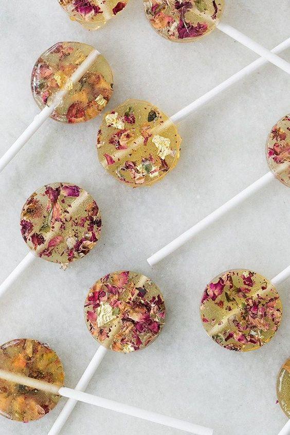 Here Come's the Bride Lollipops