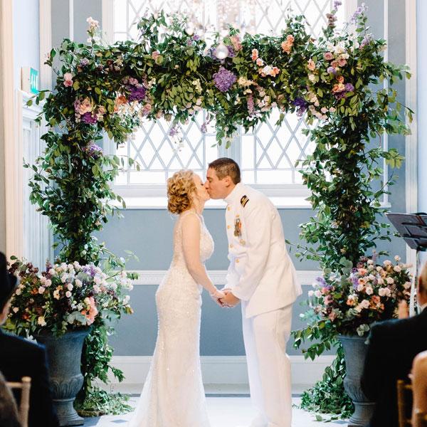 Luttrelstown_Castle_wedding_flowers.jpg