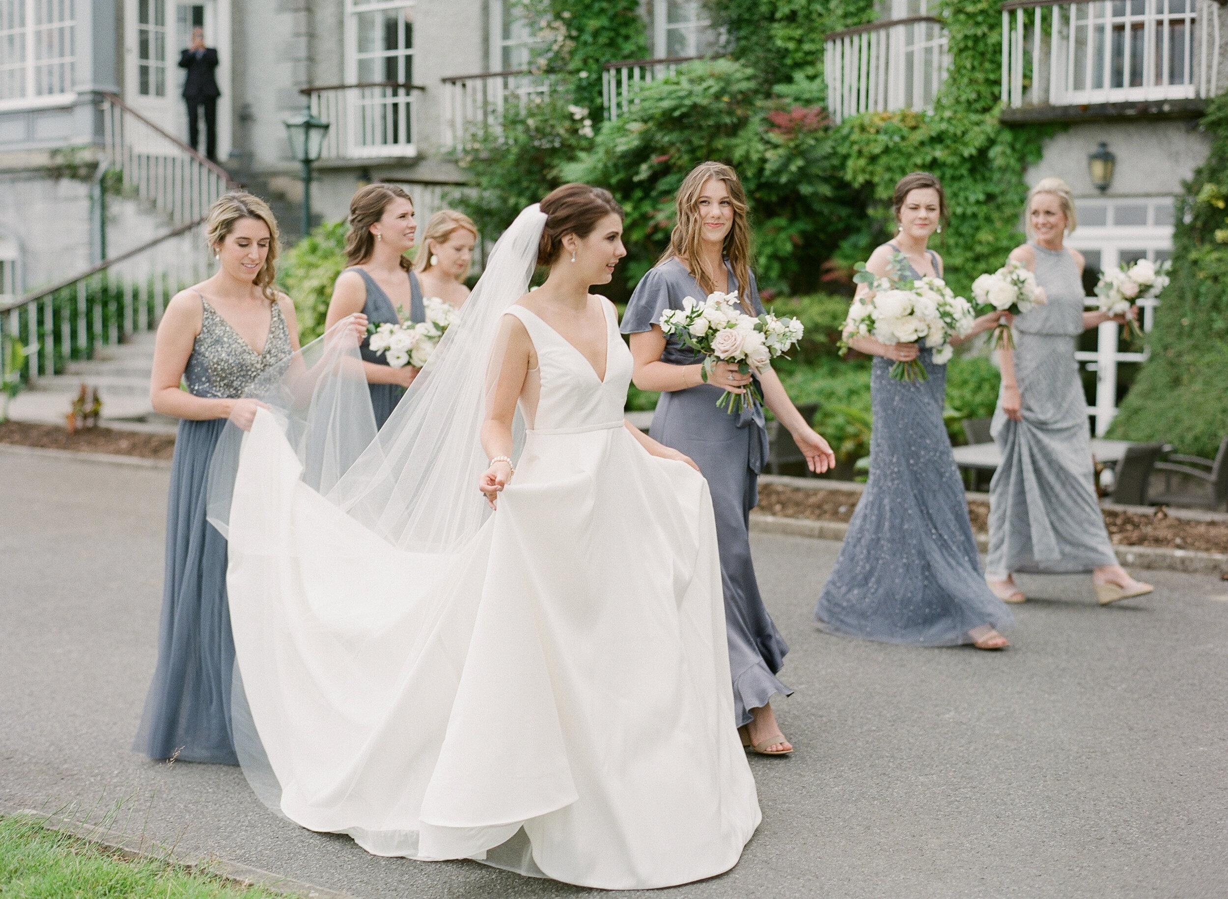 Bella-Botanica-Flowers-Bride-Bridesmaids-Forals.