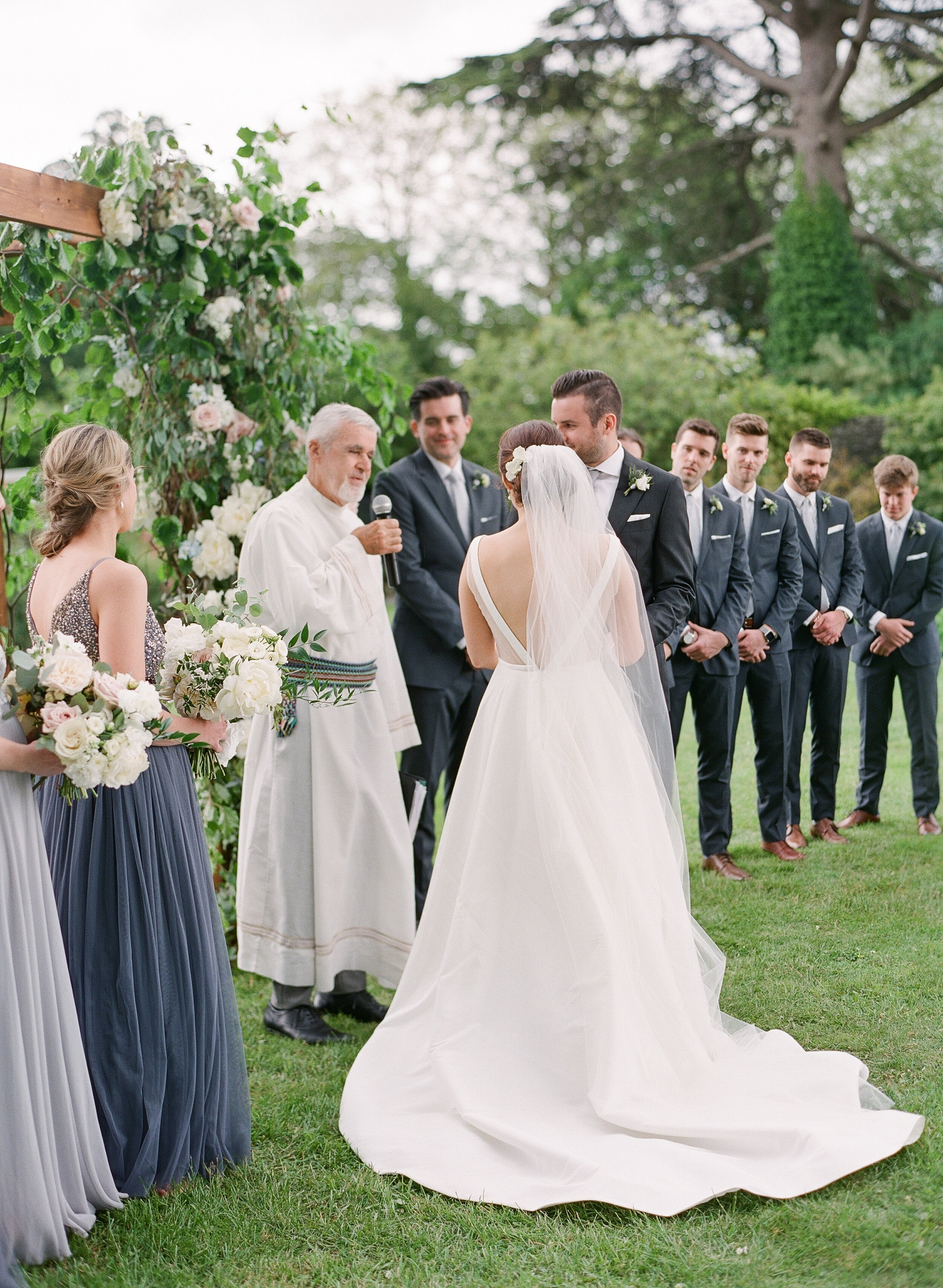 Bella-Botanica-Flowers-Molly-Carr-Photography-Ceremony-Wedding-Vows-Mount -Juliet-Floral-Arbor.-Arch