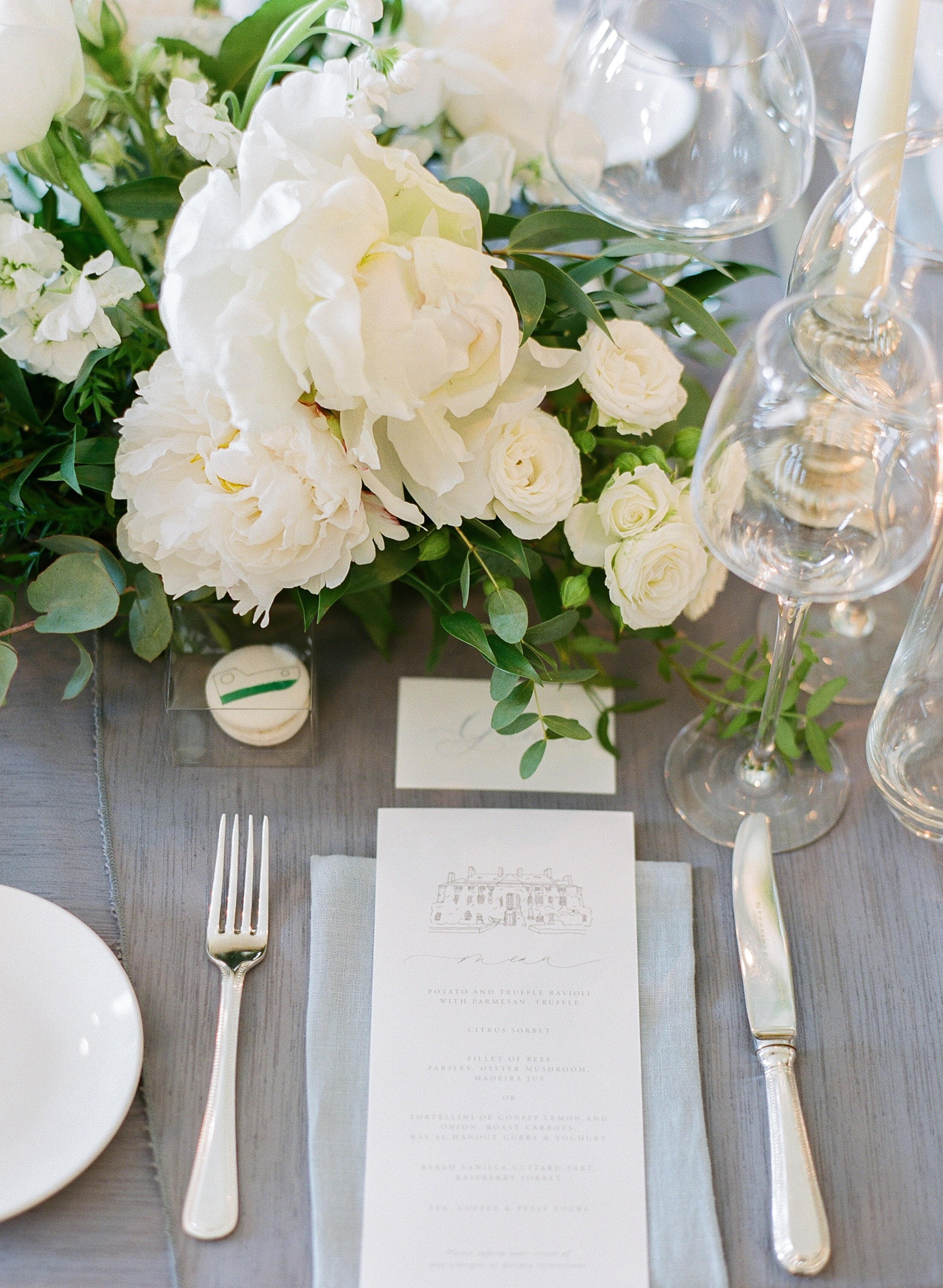 Bella-Botanica-Flowers-Molly-Carr-Photography-Reception-Place-Setting-Florals176.JPG