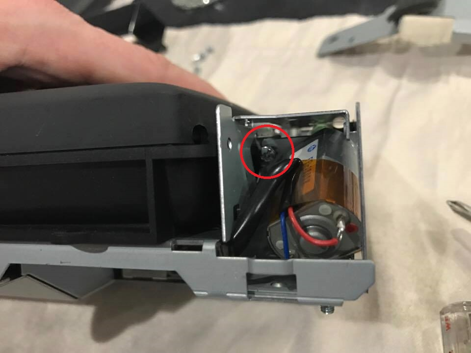 Nav Screen Gear Replacement 04.jpg