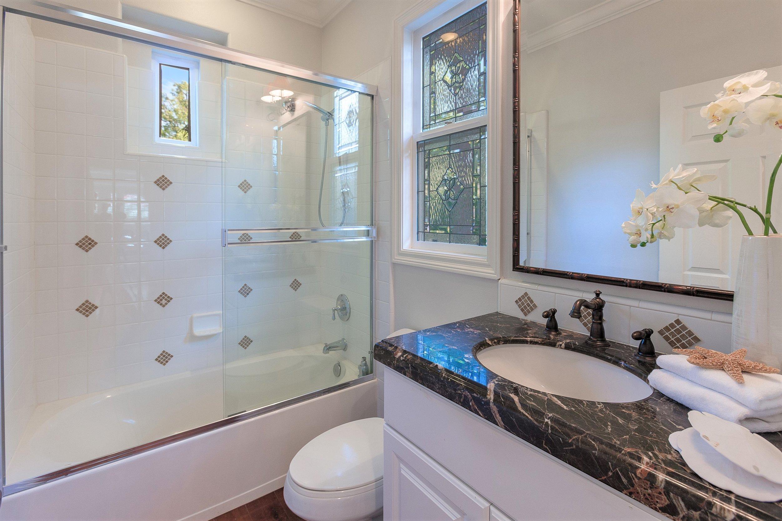 207 Tuberose - 3rd Bathroom.jpg
