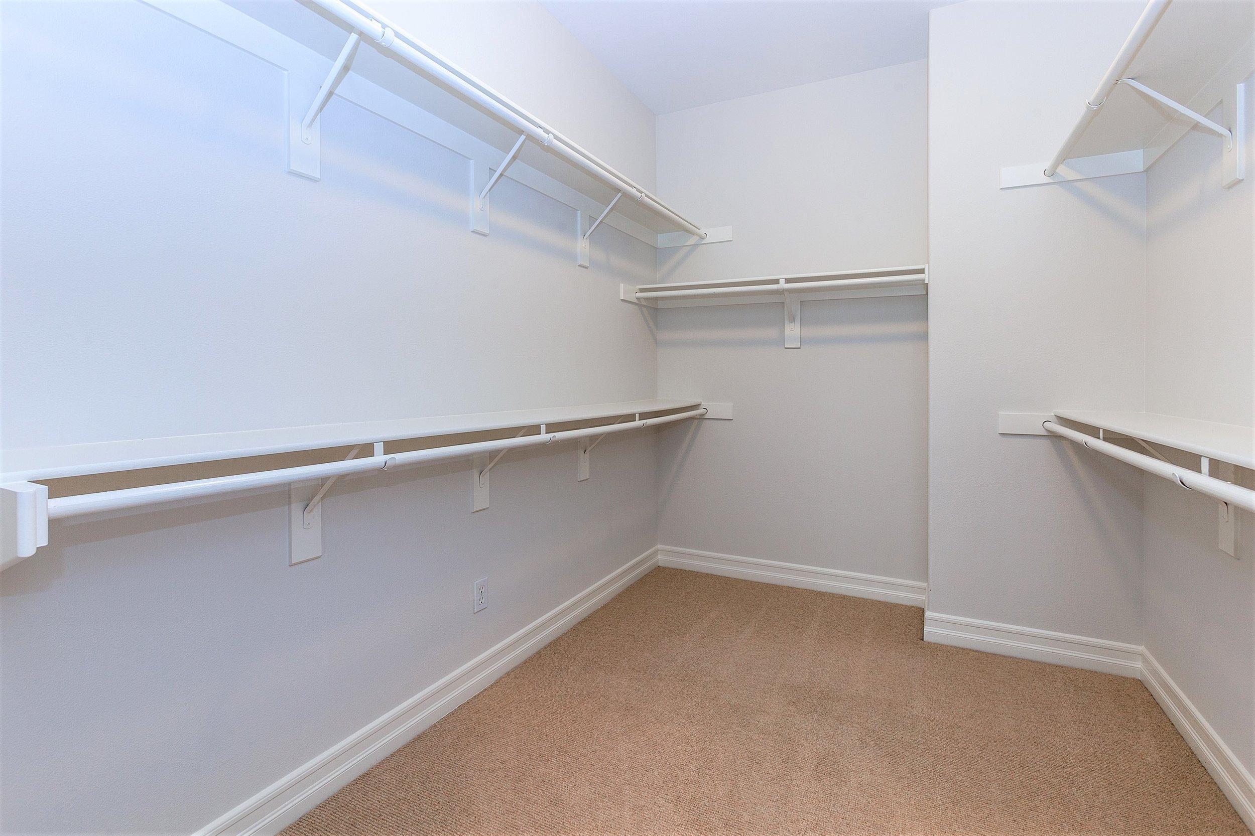 207 Tuberose - Master Walkin Closet.jpg