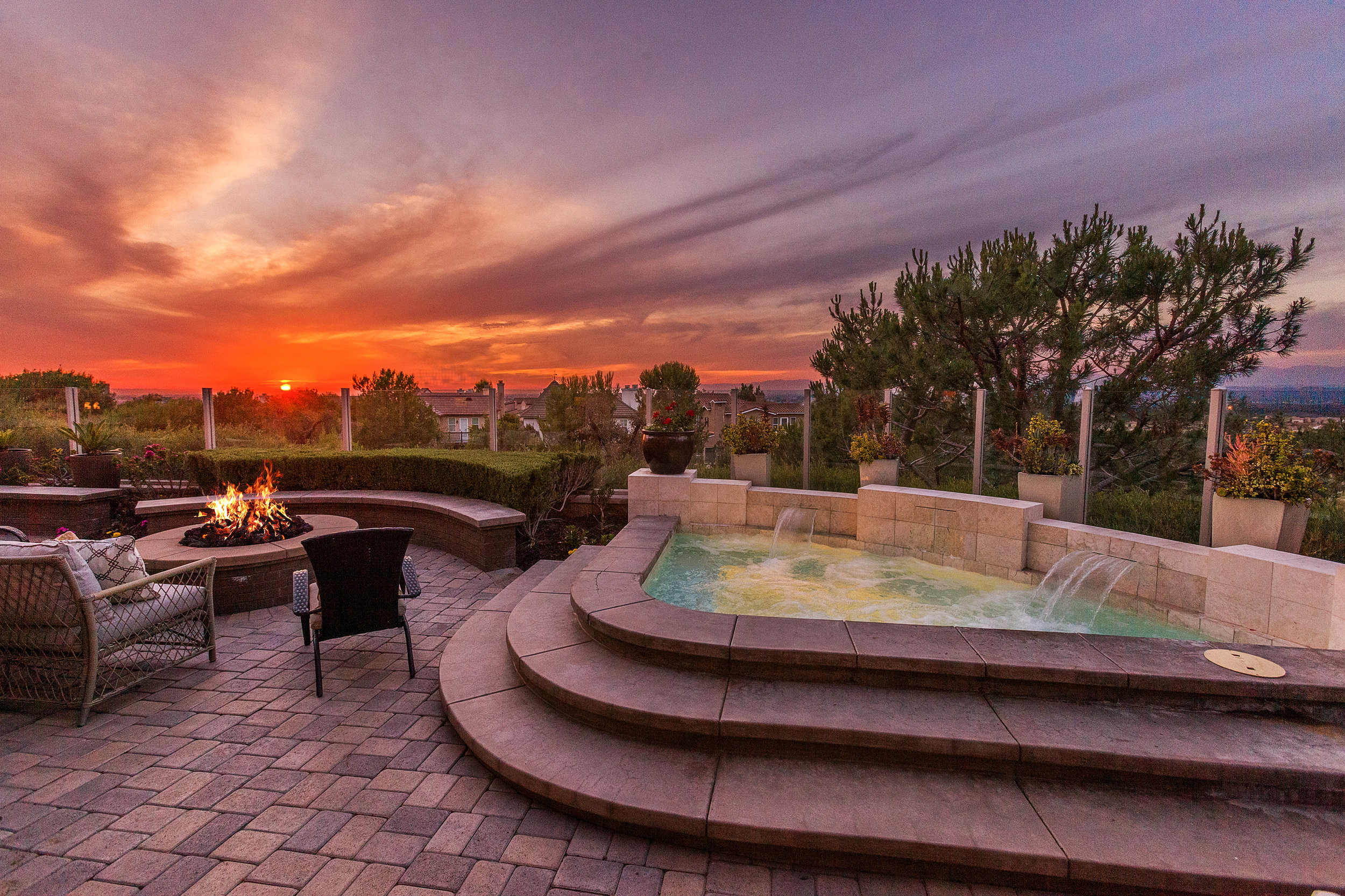 3 Ferrand - backyard jacuzzi sunset view.jpg