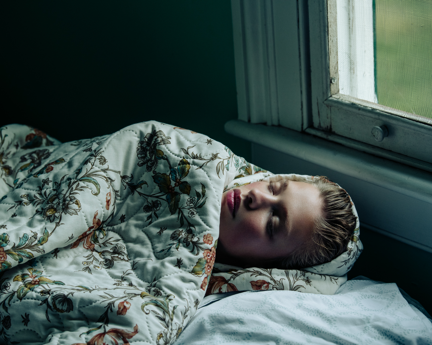 09-Clare-Crawford-by-Ivan-Bideac-for-Vogue-Italia-3925.jpg