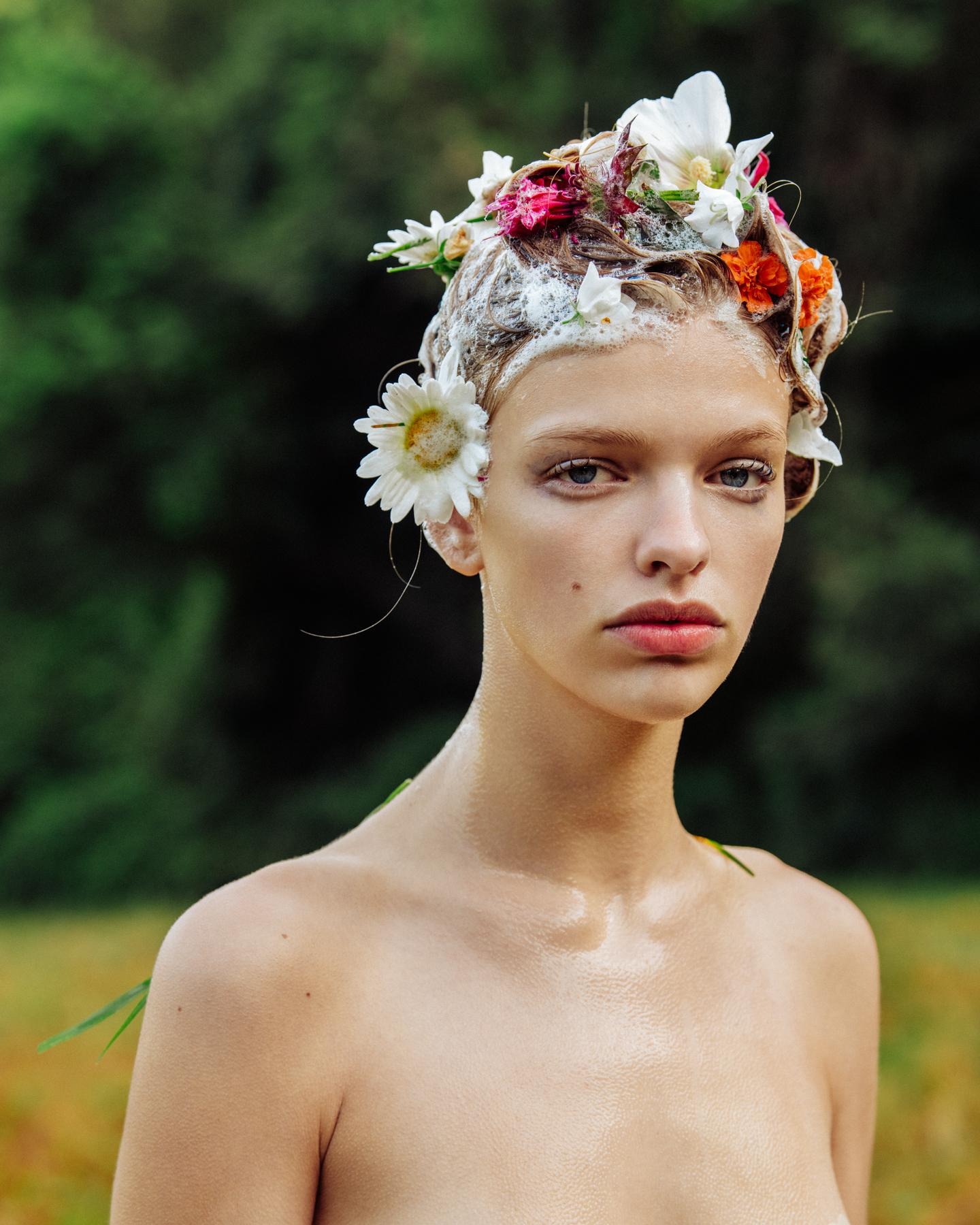 Clare-Crawford-by-Ivan-Bideac-for-Vogue-Italia-3794.jpg