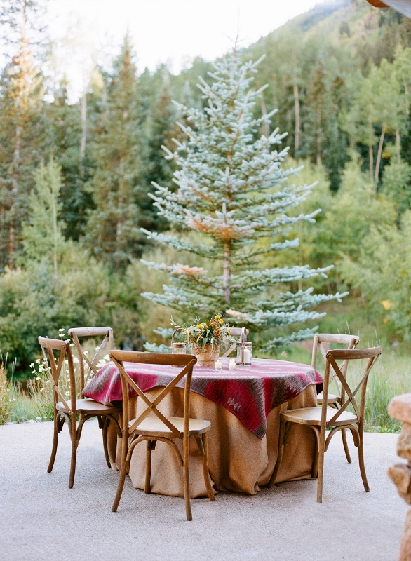 Outdoor Dining - Pine Creek Cookhouse
