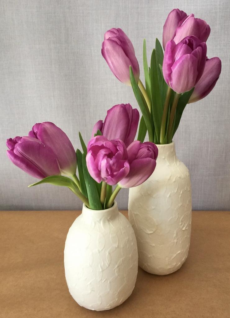 White porcelain bid vase