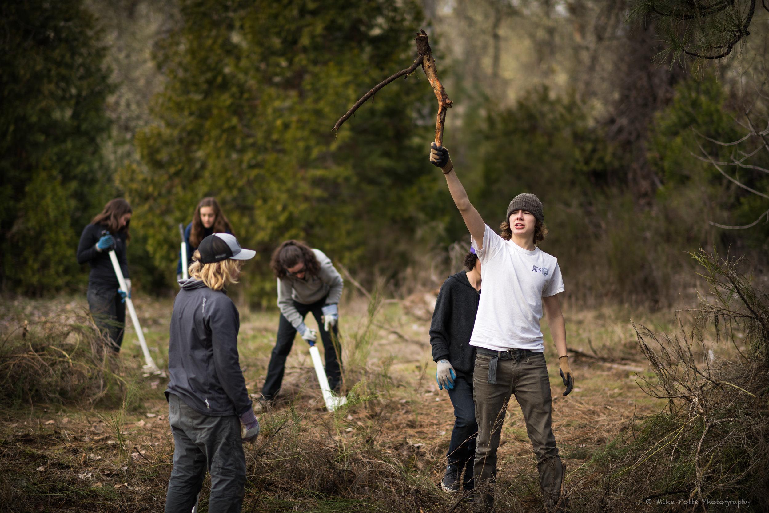 Stewardship Day at Rogue River Preserve