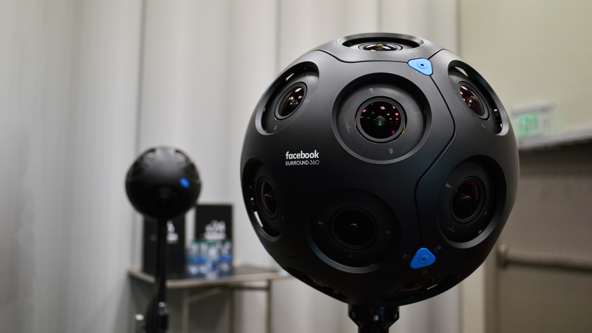360 cameras shoot in all directions