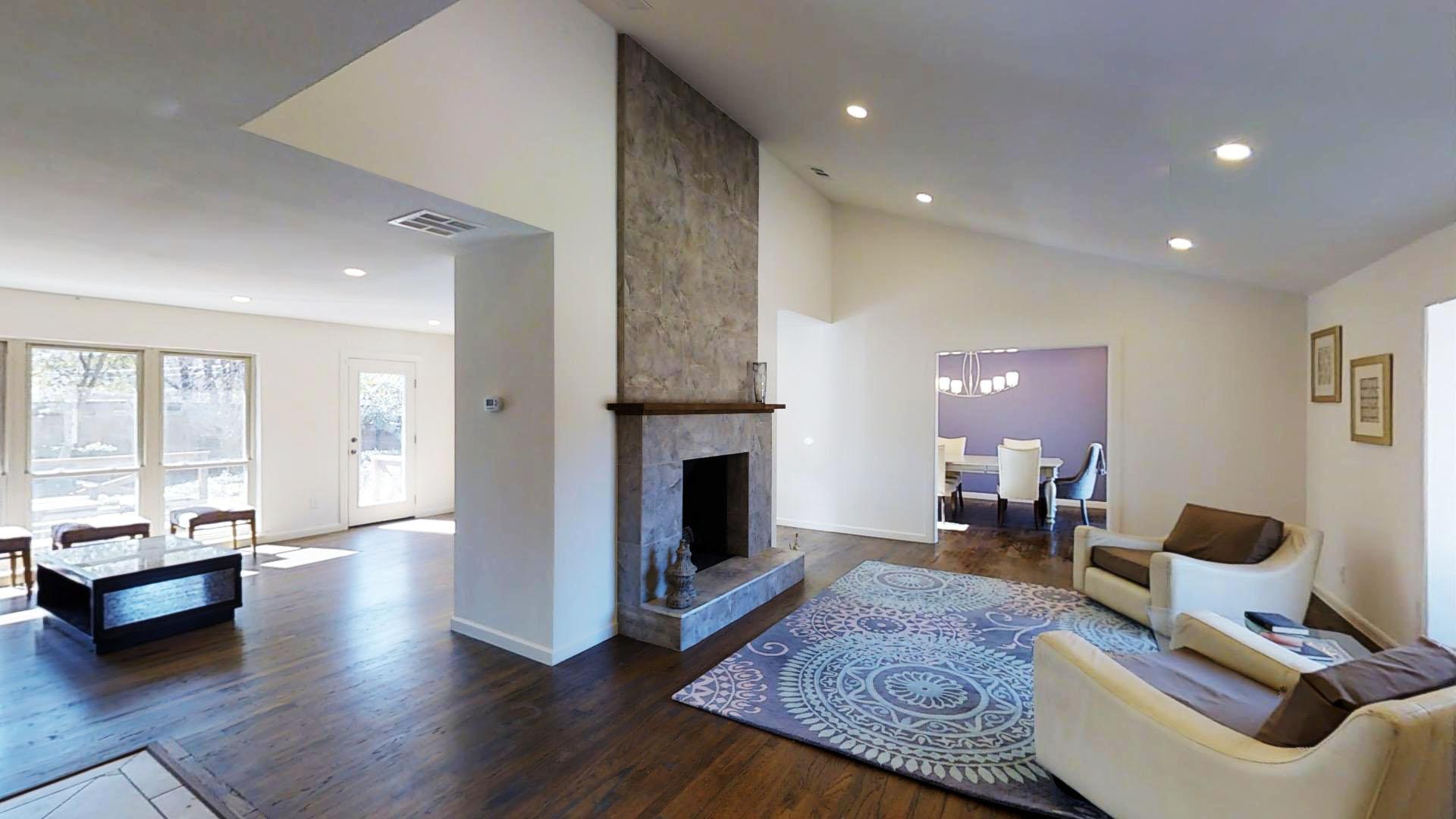 Formal Living Room(3).jpg
