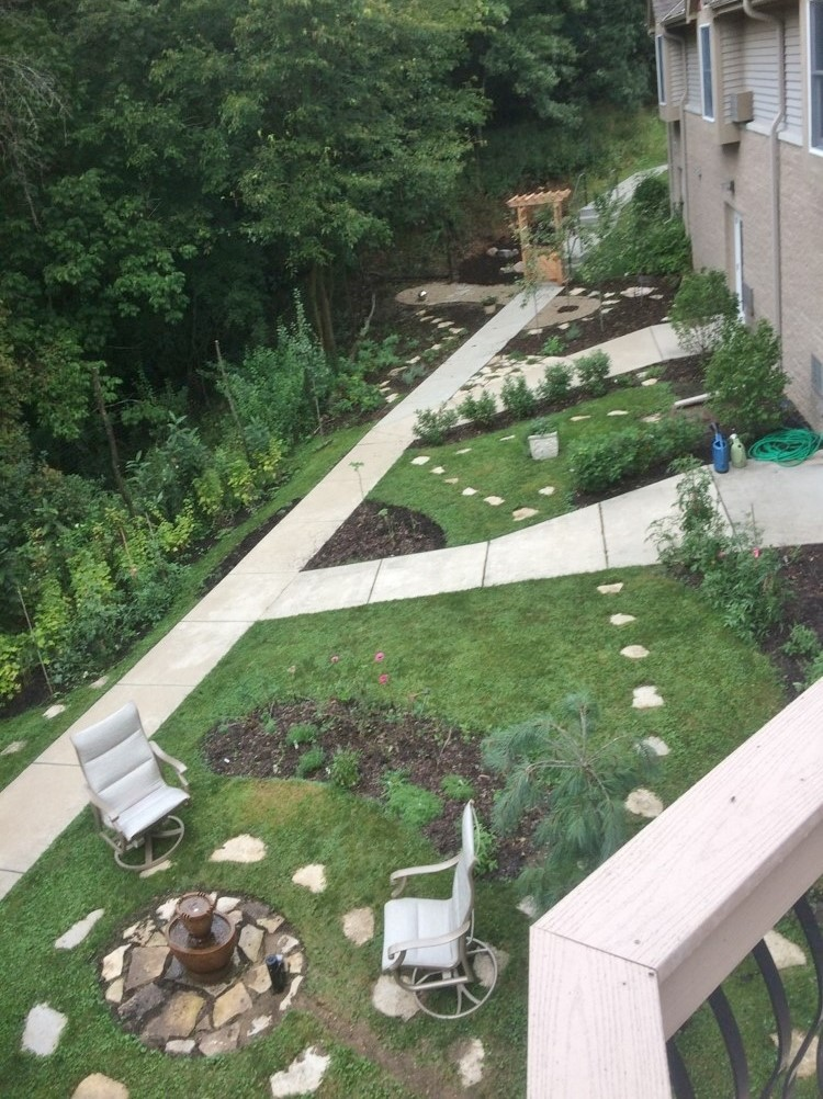 B. Rogers Memorial Hospital, Eating Disorder Clinic Therapy Garden, Oconomowoc, WI_Entrance AFTER.jpg