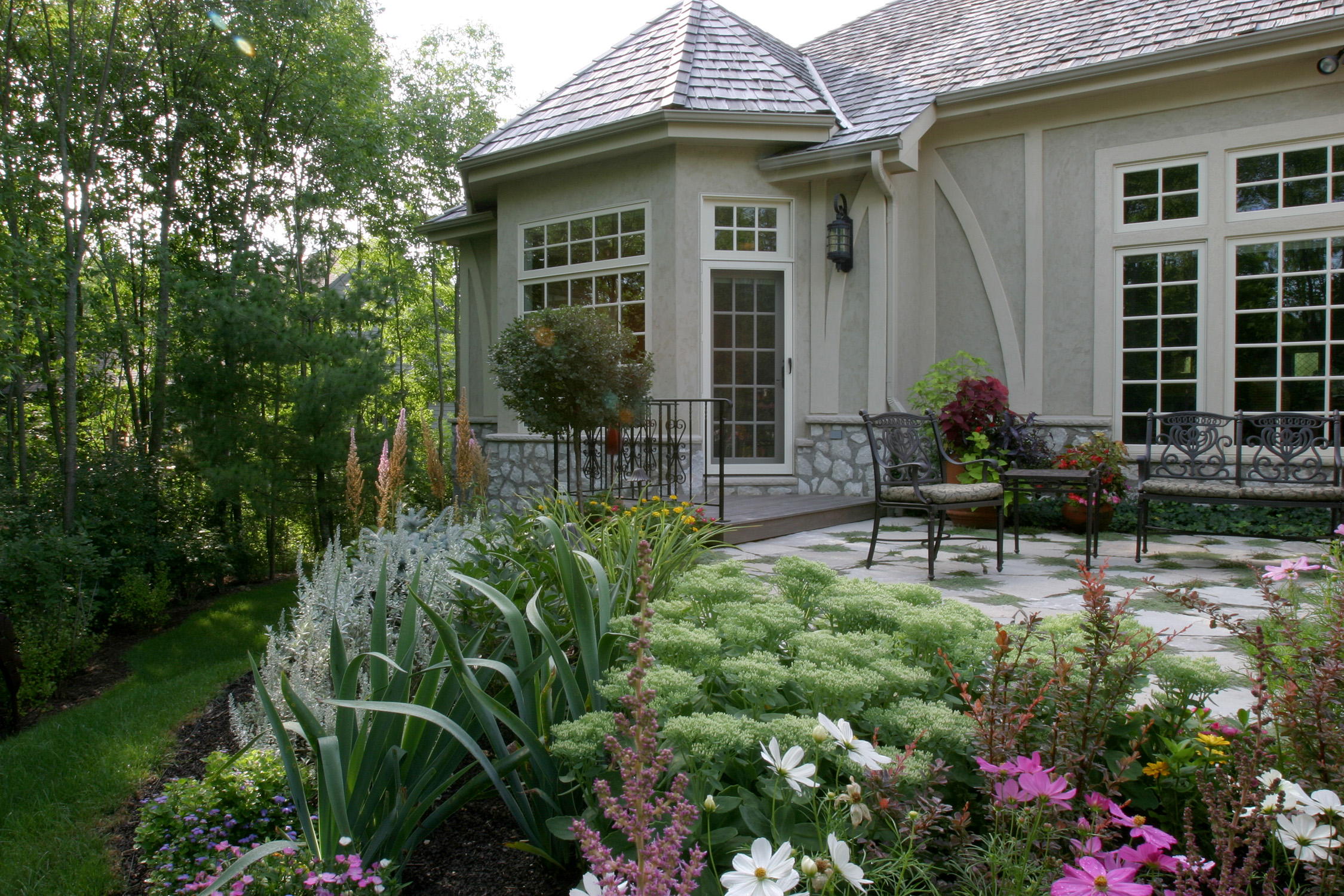 Betsy Green Back Patio.jpg