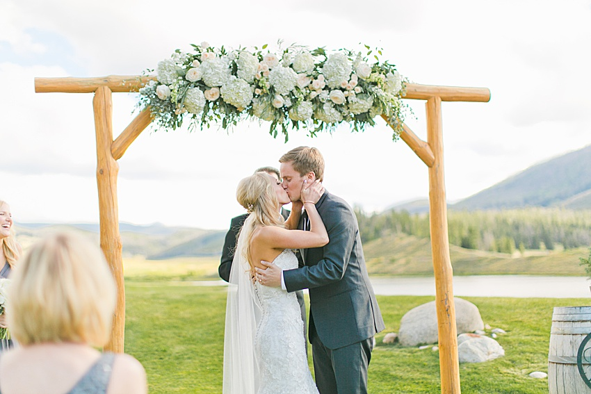 DenverWeddingPhotography_SeattleWeddingPhotographer_1296.jpg