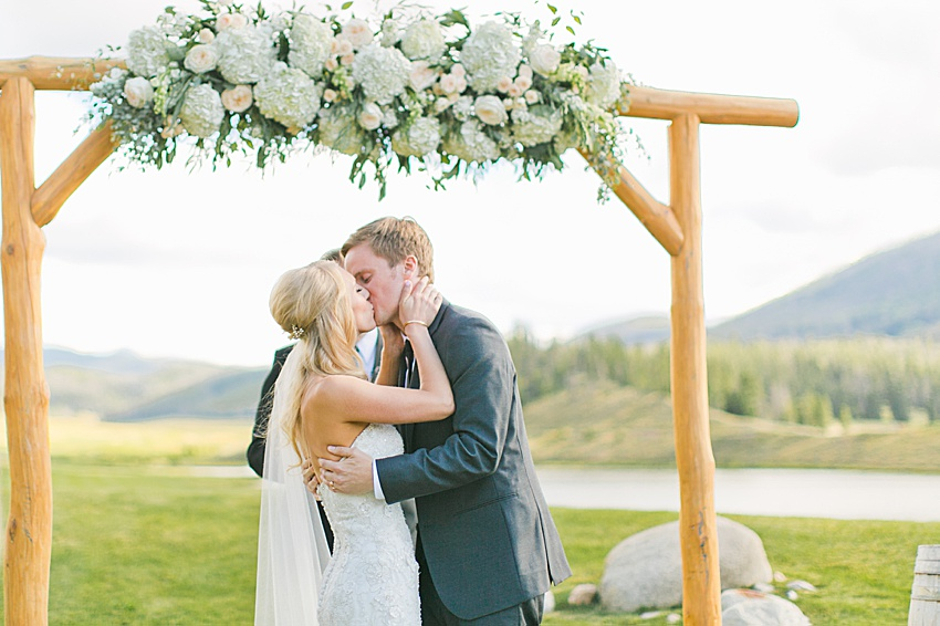 DenverWeddingPhotography_SeattleWeddingPhotographer_1299.jpg
