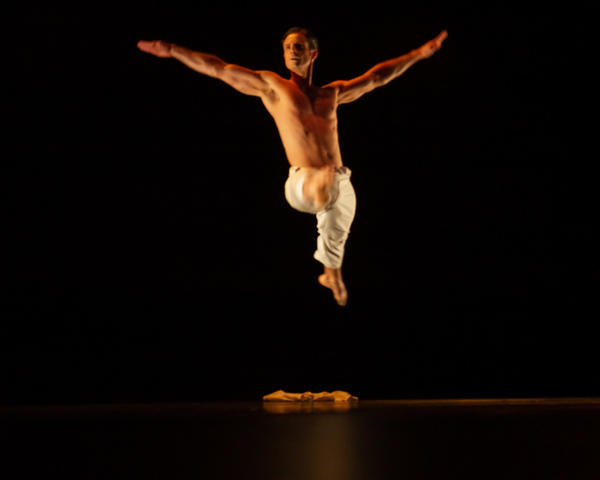 """Dancers for Good co-founder  Michael Apuzzo  performing """"The Offering""""--a commissioned choreography by  Eryc Taylor --at the Dancers For Good Benefit 2019. Photo by Shin Kurokawa."""