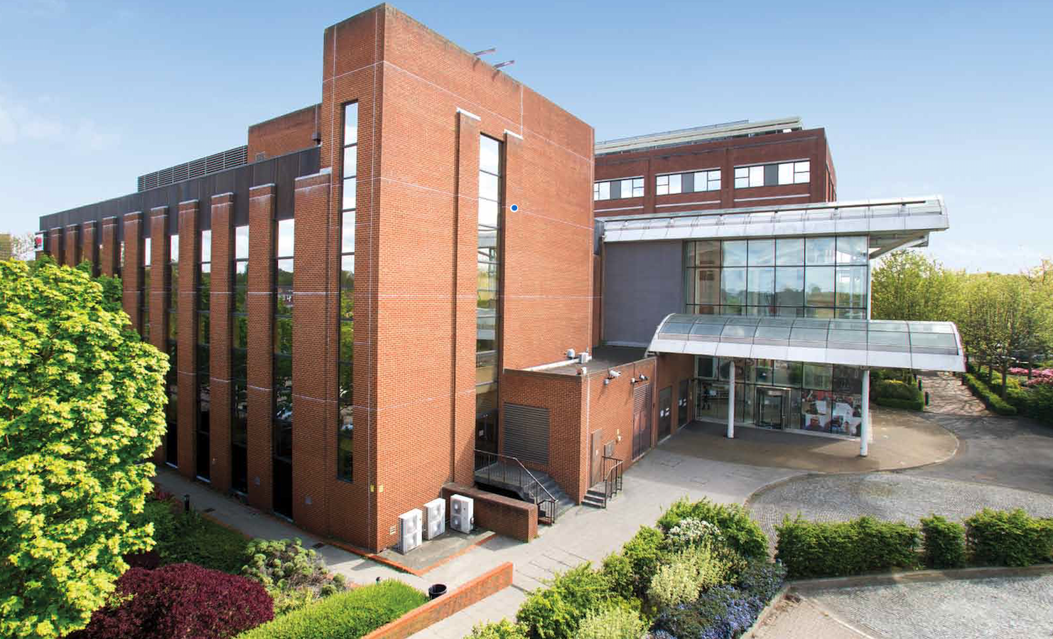 OFFICE - INVESTMENT - ACQUISITION    G2, Greenford Square, London   97,027 sq ft West London Office Investment   Client:  Brydell Partners   Vendor:  Threadneedle   Price:  Confidential