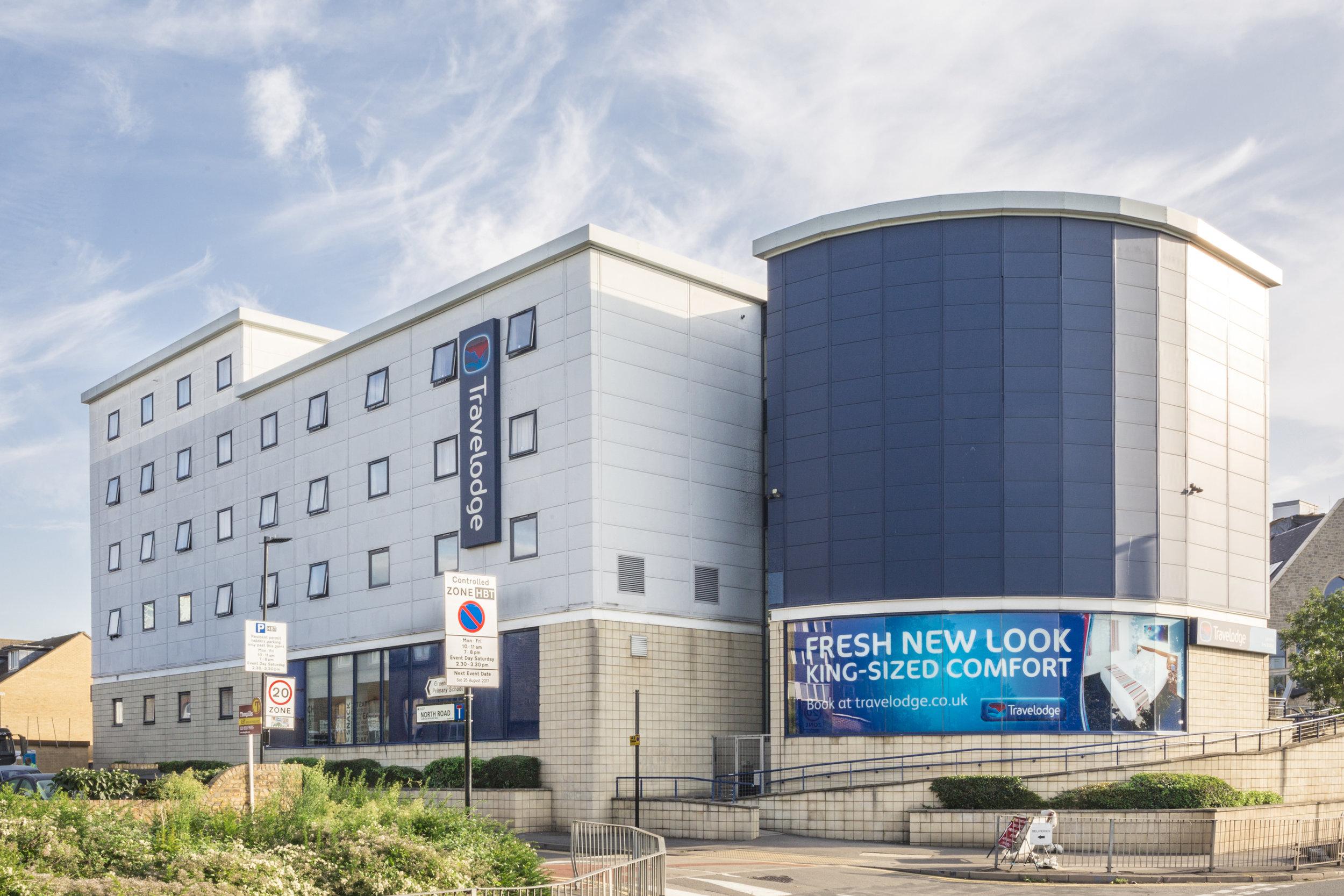 TRAVELODGE HOTEL PORTFOLIO - ACQUISITION    Grove London Portfolio   Acquisition of a portfolio of London Travelodge Hotels.   Client:  UK Prop Co   Vendor:  Godman Sachs   Price:  Circa £73m