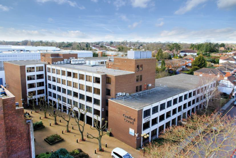 OFFICE - INVESTMENT - SALE    Central Court - Multi-let Office – Orpington   67,172 sq ft of office accommodation   Client –  Brydell Partners   Purchaser -  Confidential   Price  – circa £17m