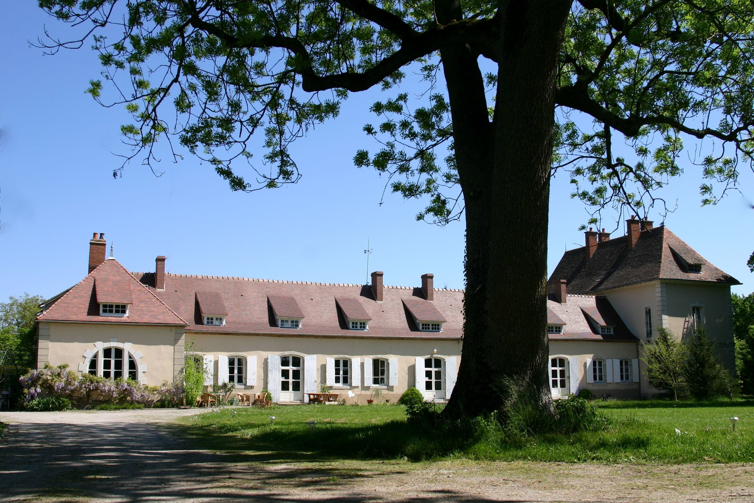 Chateau des Edelins HD.jpg